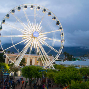 Cape Town Airport Transfers to V&A Waterfront & Lagoon Beach.