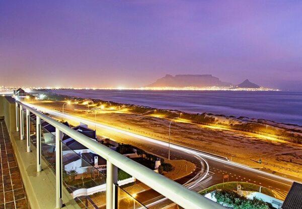 Cape Town Airport Transfers to Rondebosch, Bellville, Welgelegen, Khayalitsha.