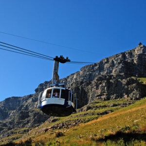 Cape Town Airport Transfers to Simon's Town, Pearl Valley.